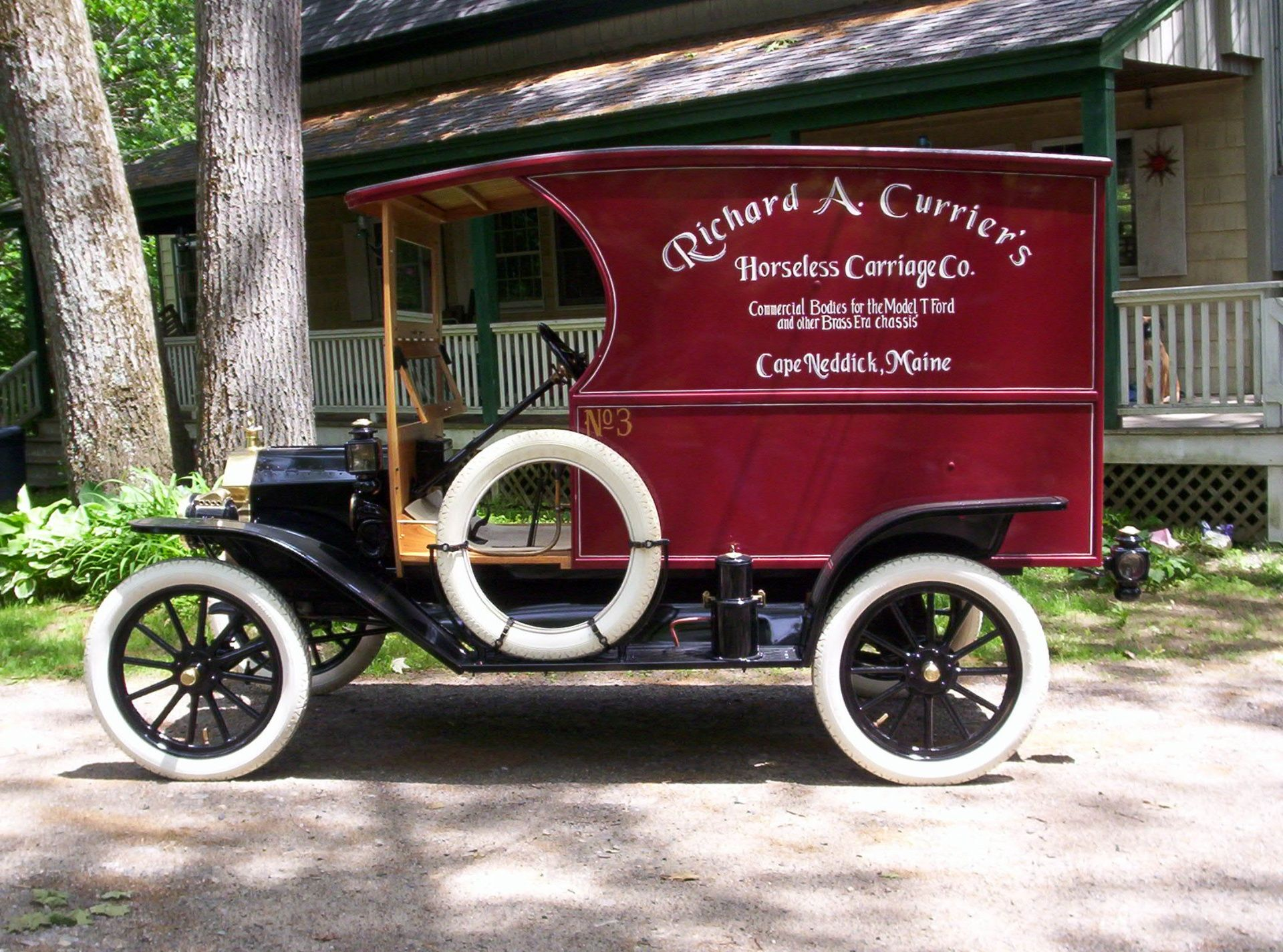 Bodies For The Model T And Other Era Chassis Model T Antique Cars Ford Classic Cars