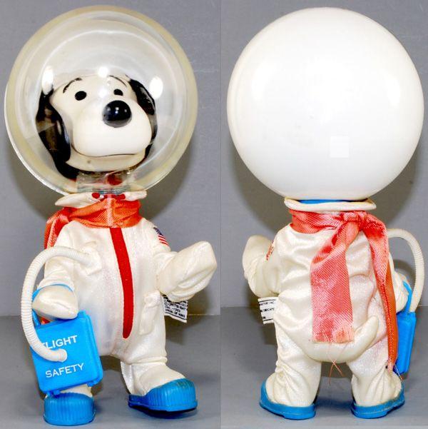 1969 snoopy Apollo figure
