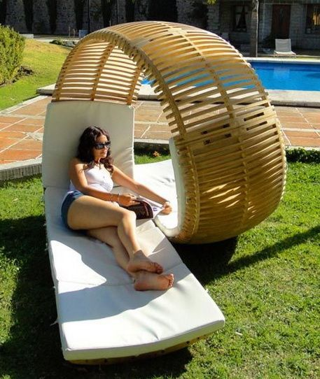 Simply Cool Products - Loopita Bonita Lounge Chair