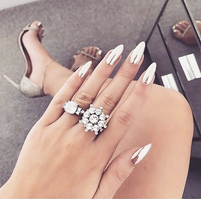 10 Surprisingly Chic Stiletto Nails We Found on Instagram ...