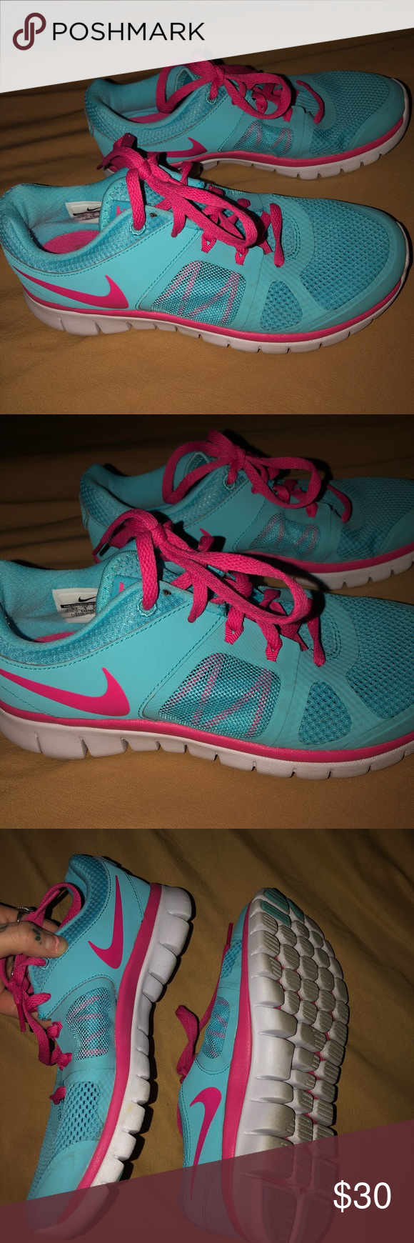 5219f6b28d0 Pink   Blue Nike s 💘 Pink   Blue Nike Flex Run 2014! Like new! Visit.  March 2019