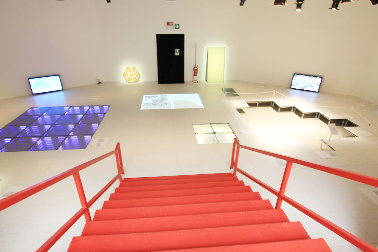 Venice Biennale 2014: Central Pavilion elements of architecture (e o a) Floor: with Keller Easterling Display the false floor especially the Power Generation Dance Floor. The other side are the memorable floors from around the world.