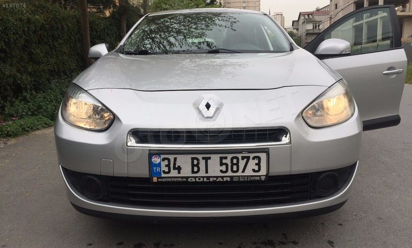 FLUENCE FLUENCE BUSINESS 1.5 DCI (85) 2011 Renault Fluence FLUENCE BUSINESS 1.5 DCI (85)