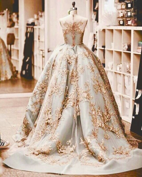 Luxus kleider marken