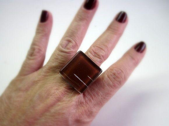 Vidro Marrom   Base metal ajustável n 20   2,5 x 2,5 cm R$25,00
