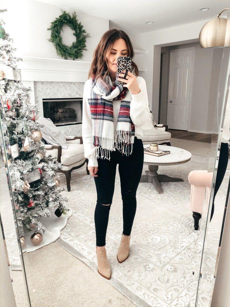 Christmas Outfit Ideas 2019 | Daryl-Ann Denner