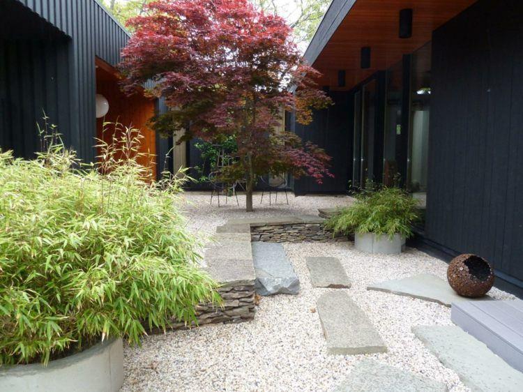 zen garten mit bambus und japanischem ahorn | kiesgarten,