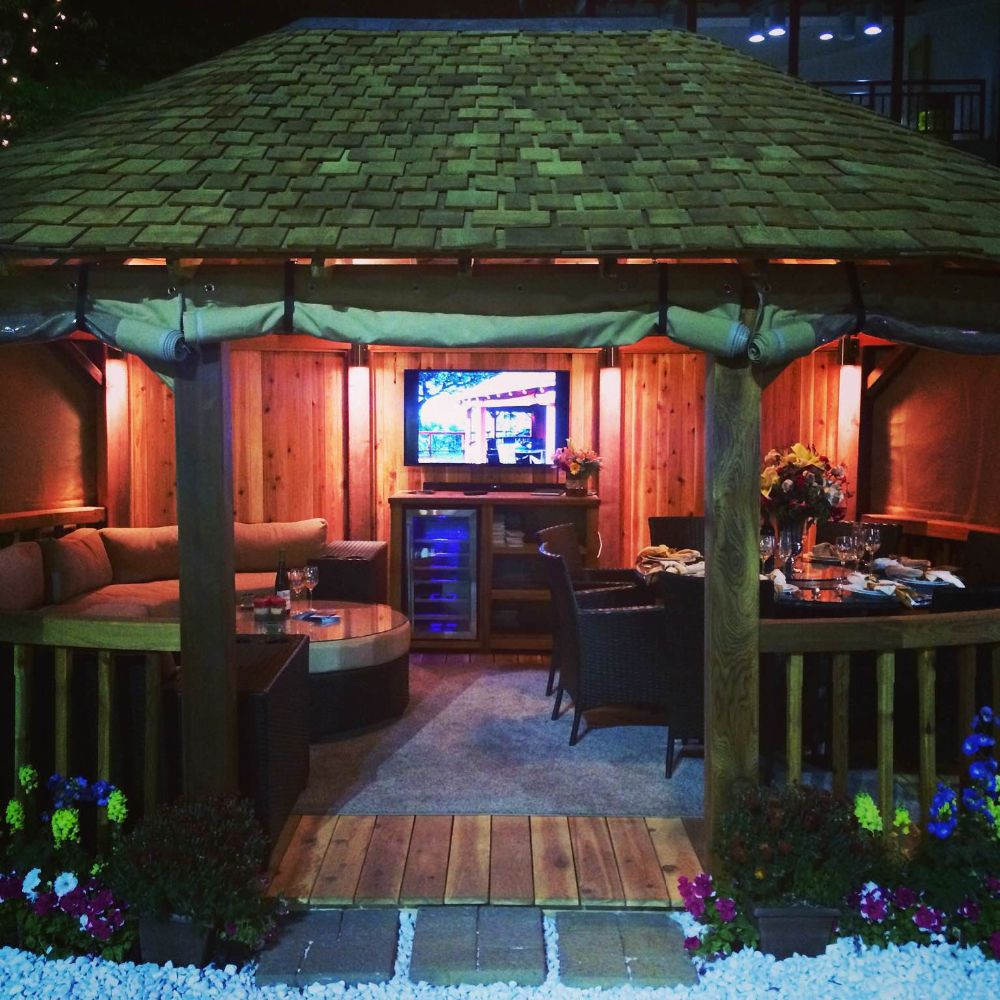 The Buckingham | Outdoor Dining Room & Luxury Gazebo | Kensington ...