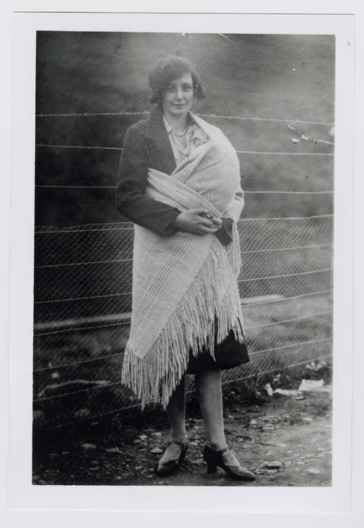 fbf14e24a23 Welsh shawl traditional babywearing