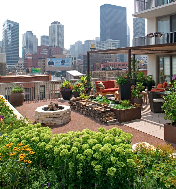 55 Small Urban Garden Design Ideas And Pictures: A Party And A View Of Chicago!