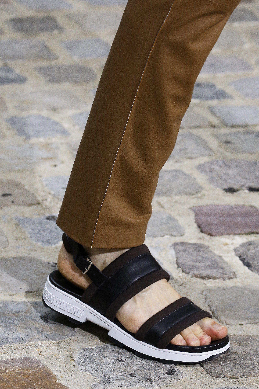 Hermes sandals dance shoes - Herm S Spring 2017 Menswear Fashion Show Details