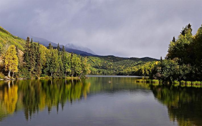 Herunterladen Hintergrundbild Bonnie Lake 4k Kanada Berge Wald