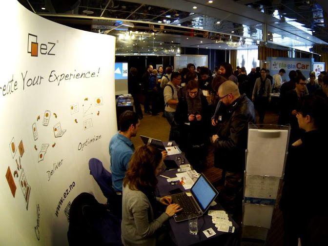 #insideeZSystems: #ezsystems stand and #ezcommunity team at #symfony_live