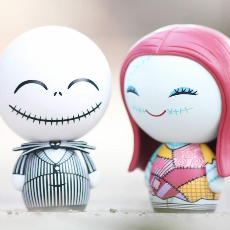 Jack and Sally Dorbz making plans for Halloween. The new Nightmare ...