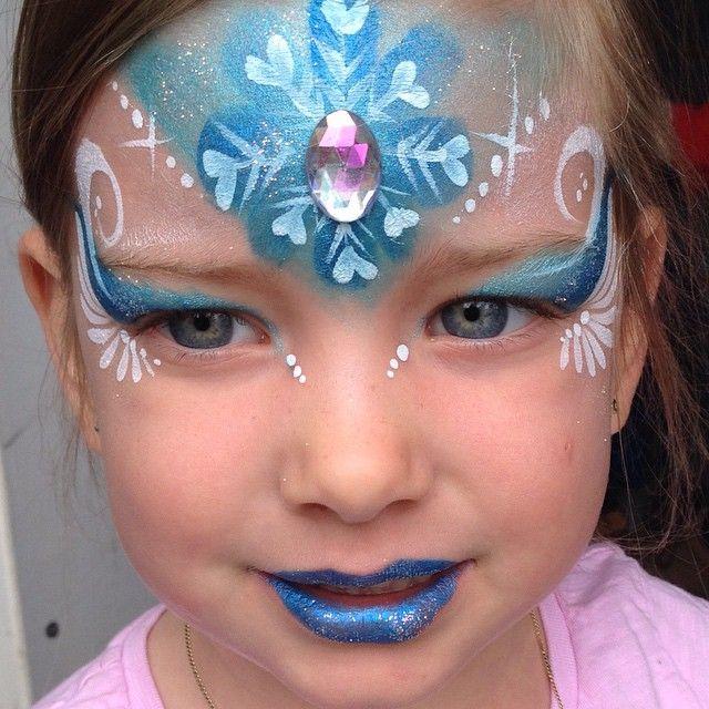 Miss Elsa I presume ❄️ #elsa #frozen #frozenfacepaint #facepaint #faceart #facepainting #facepainter #elsafacepaint #snowflake #winter #winterfacepaint #snowflakefacepaint #nofilter