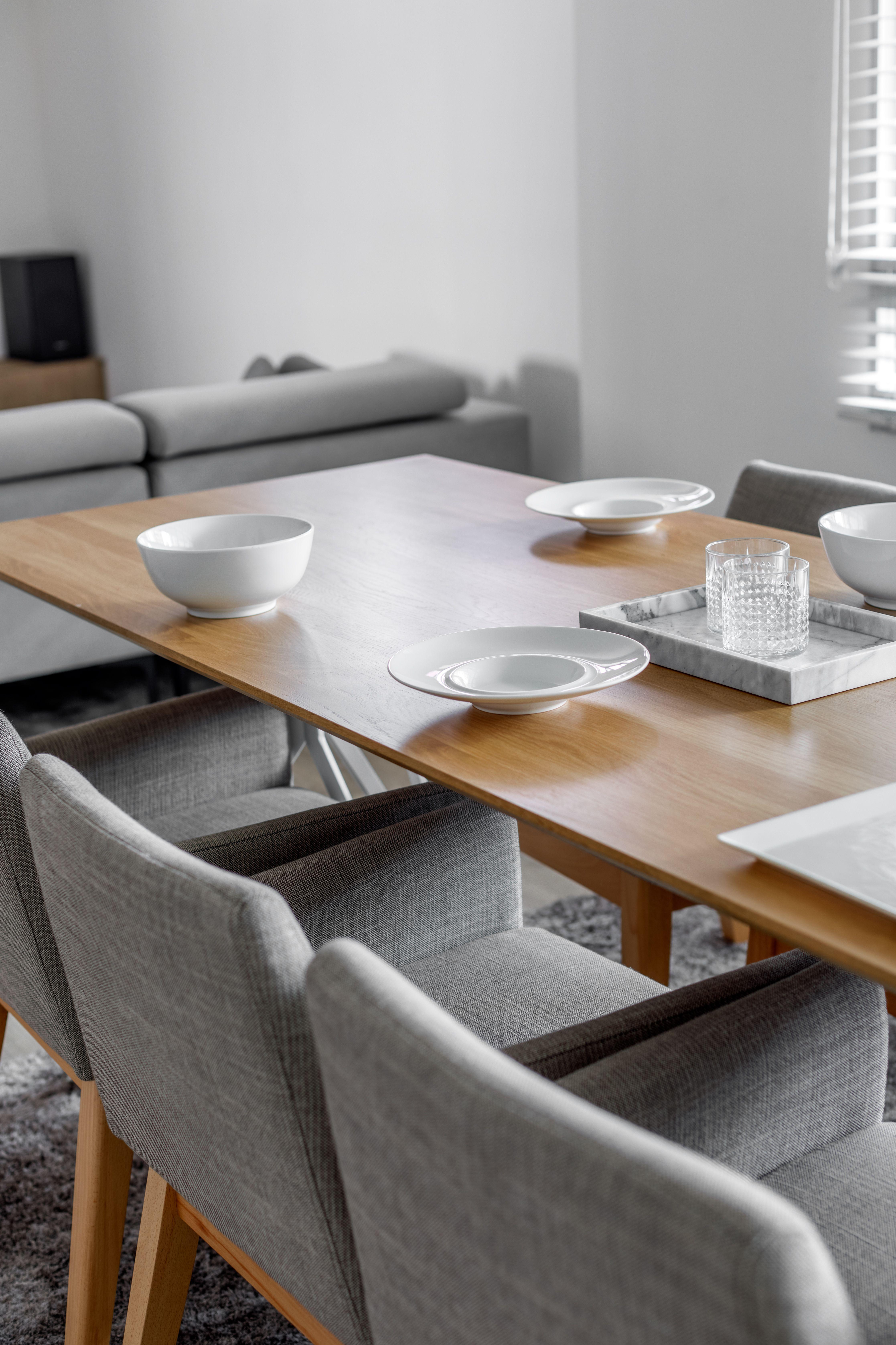 Minimalist Hdb Design: Minimalist Decor, White Interior, Wood