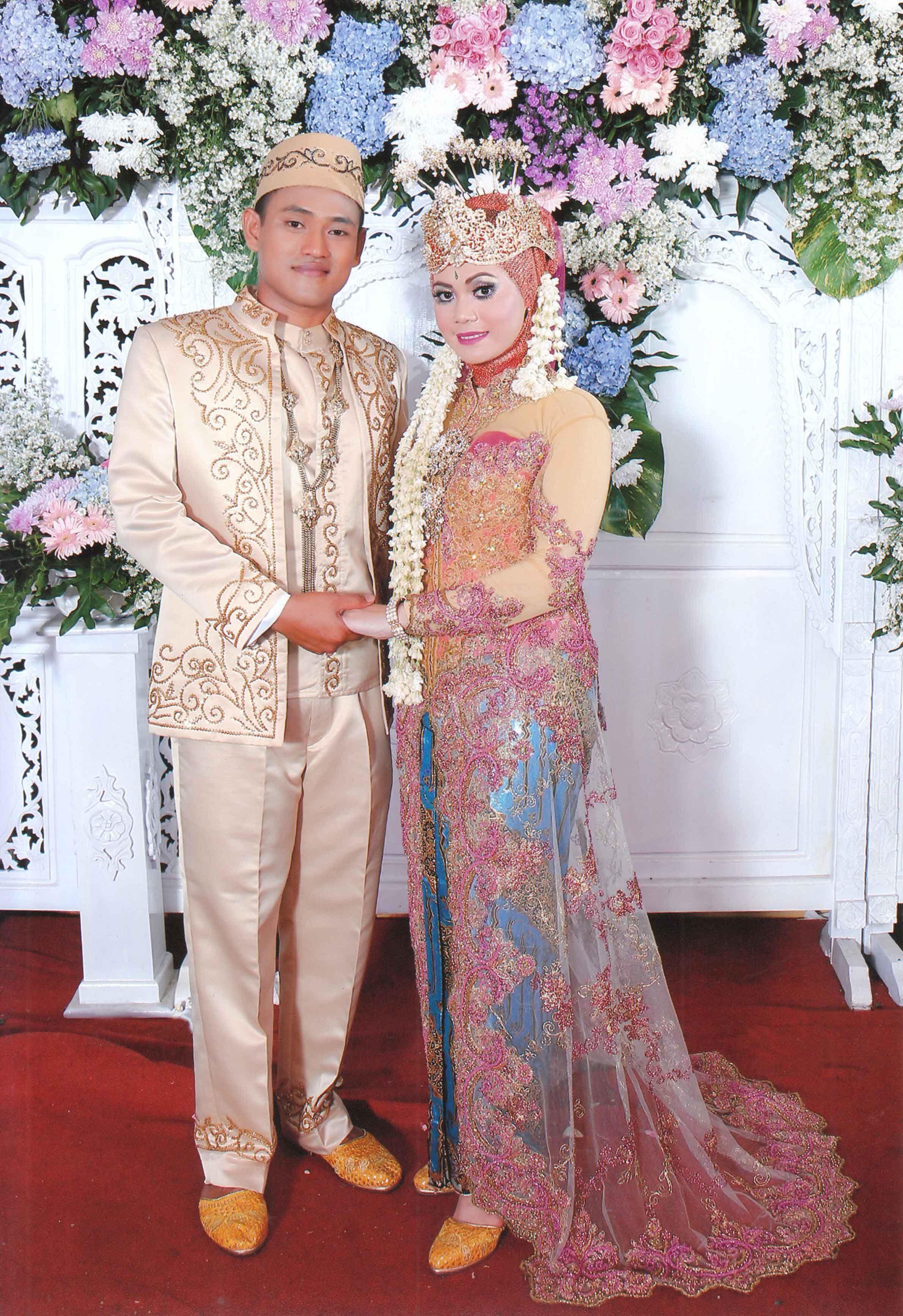 gaun pengantin muslim modifikasi  Formal dresses long, Dresses
