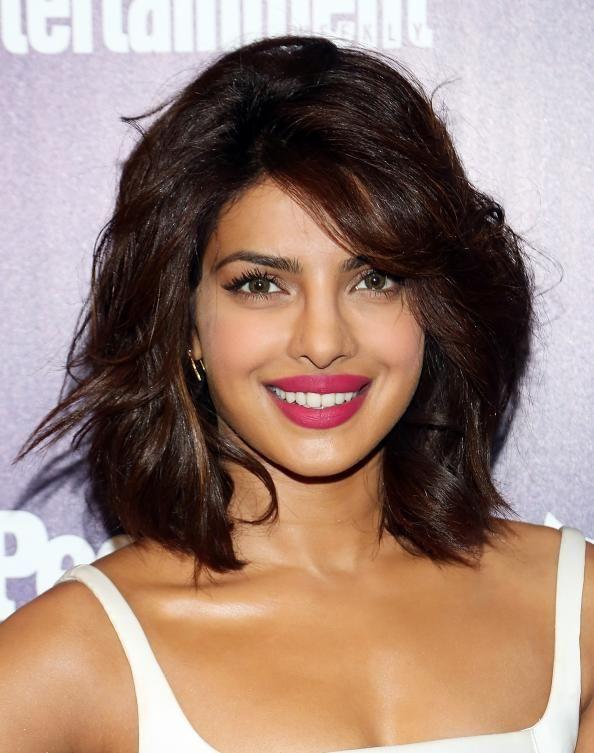 trendy hair style heres how priyanka chopra looks great