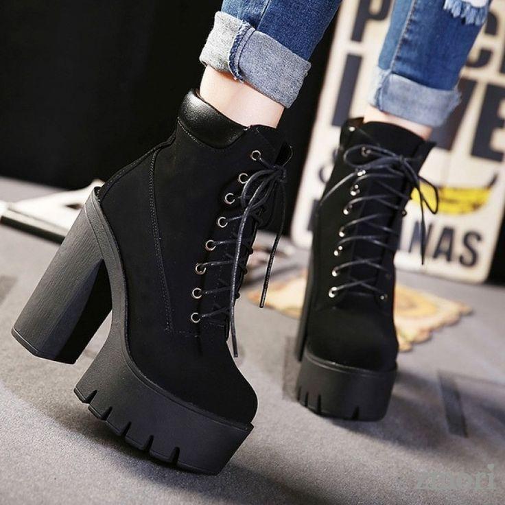 Schwarze Wildleder Chunky Sole Block High Heels Plattformen Stiefel Schuhe #shoeboots