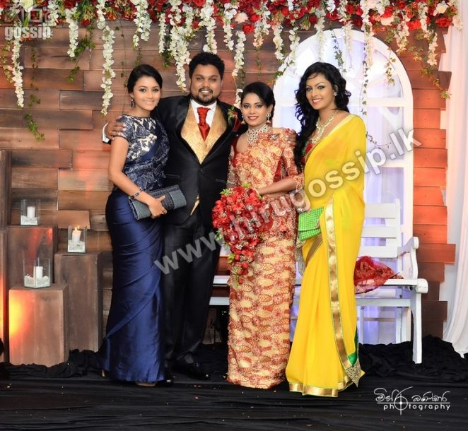 Bridal Photo Gallery: Actor Lakshan Wattuhewa's Wedding On Photo Gallery