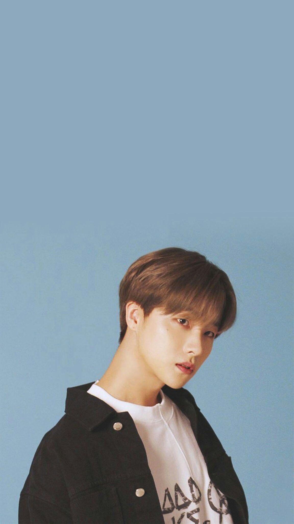 Pin Oleh Ikonic Ikon Di Ikon Jinhwan ㅡ Wallpaper Selebritas Entertainment Bobby