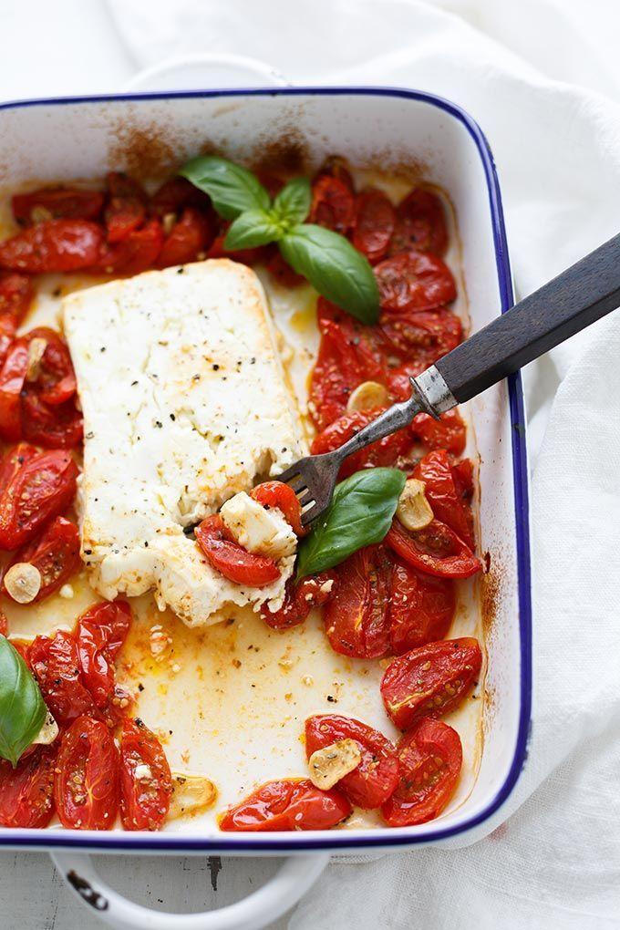 Gebackener Schafskäse mit Tomaten aus dem Ofen