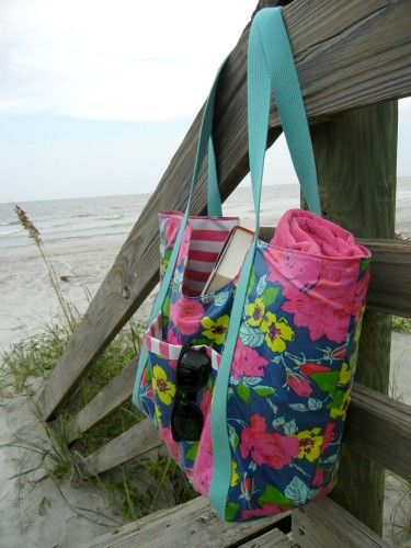 Oilcloth poolside tote | Indiesew.com | Indie Sewing Creations ...