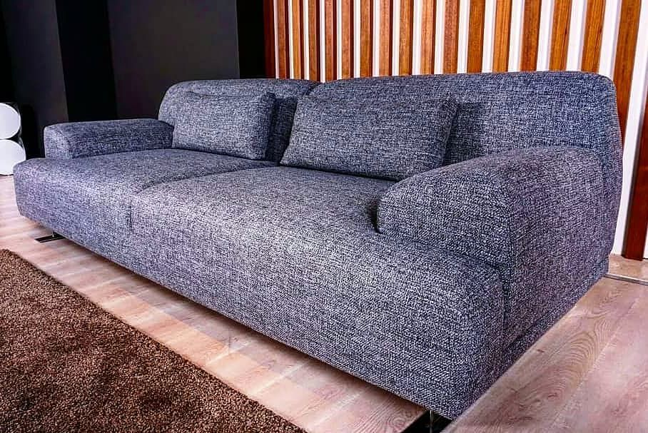 ⬛Wilma koltuk, alışılmış modellerin dışında bir tasarım. ⬛For English WhatsApp : +90 542 828 9975 .............................................. #navellihome #furniture #furnituredesign #divan #mebel #furniturestore #manufacturing #furniturebandung #modernhome #armchair #sofa #modernlivingroom #chestersofa #luxuryfurniture #möbelhersteller #möbel #möbelgeschäft #רהיטים #жиһаз #МЯГКАЯМЕБЕЛЬ #диваны #диван #холлы