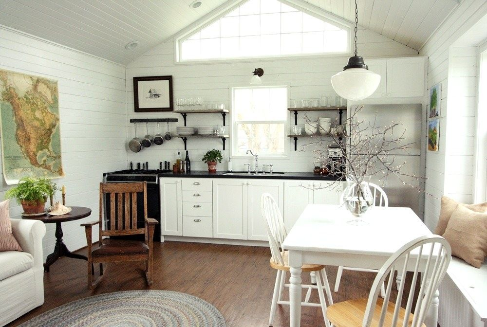 Small-Space Living: A Low-Cost Cabin Kitchen for a Family ...