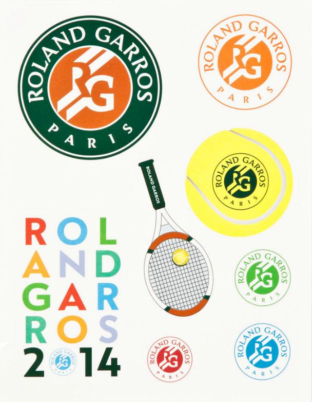 網球場的路上。to the tennis court: 法網2014紀念品 - 貼紙