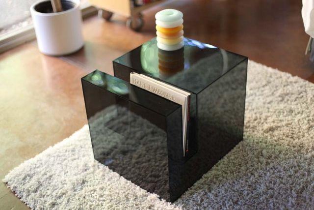 """Der transparente Acryl Beistelltisch von Eric Pfeiffer – """"Slot Table ..."""