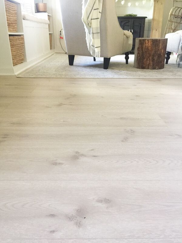 Install Pergo Laminate Flooring For A Farmhouse Look Modern Oak Style Rustic