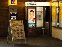Bahnhof, Fotokabine, Fotofix, Retro