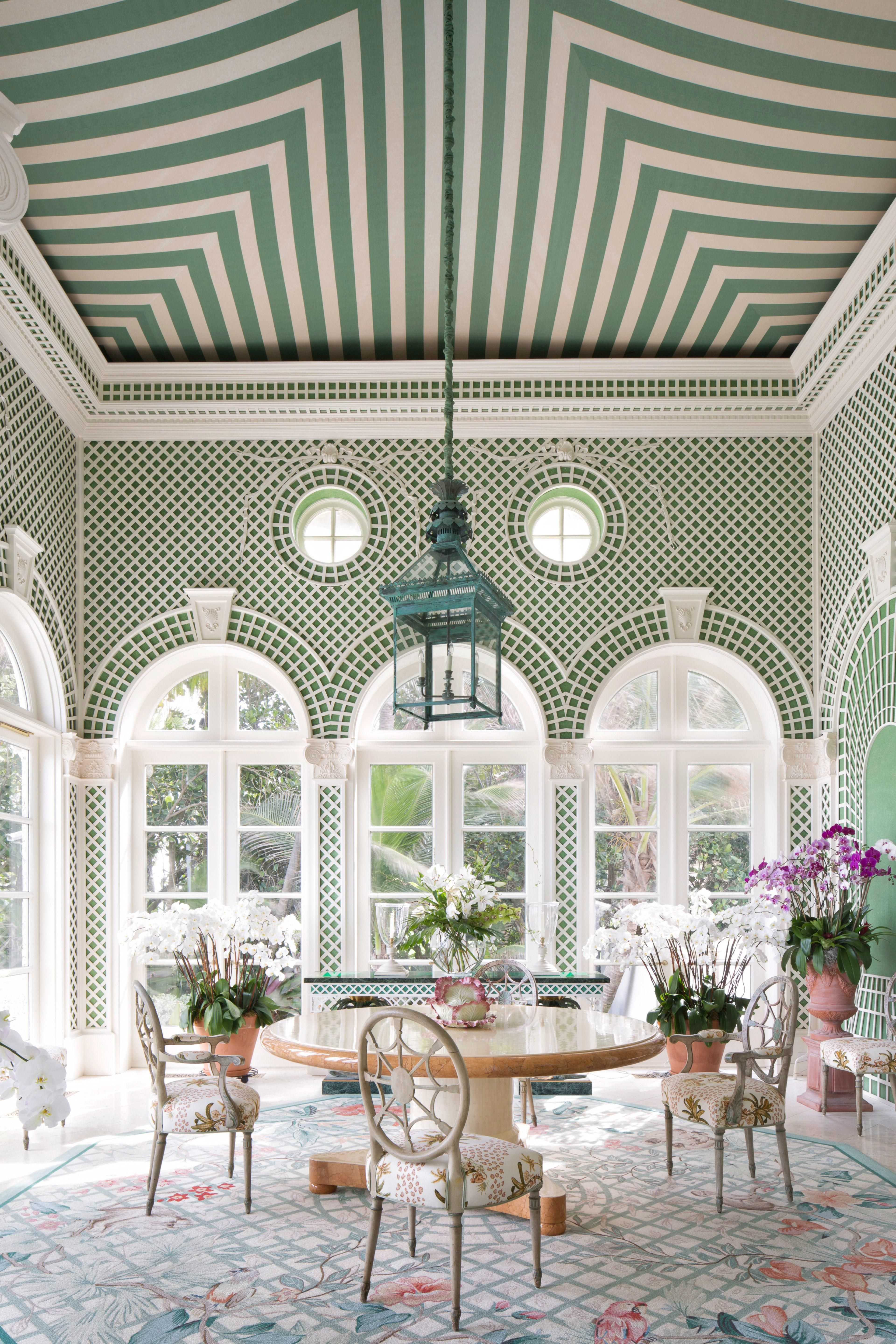 How To Decorate Like You Live In Palm Beach Palm Beach Style Beach Interior Tent Room