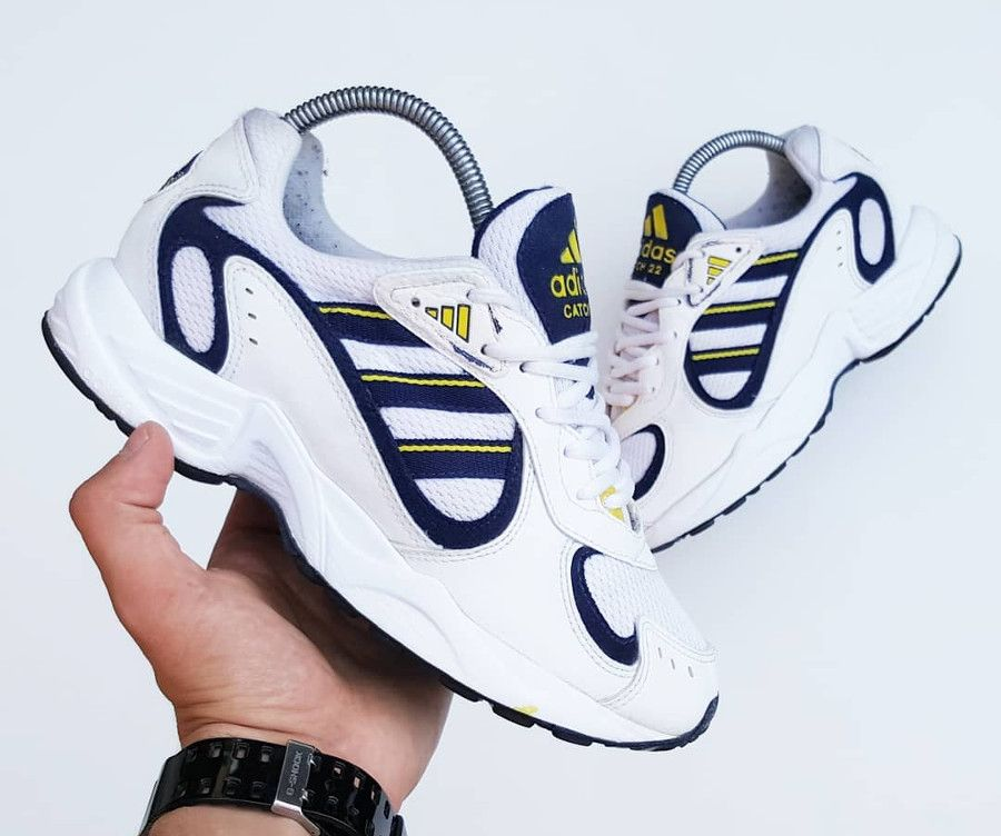 modelo de zapatillas adidas en 1998