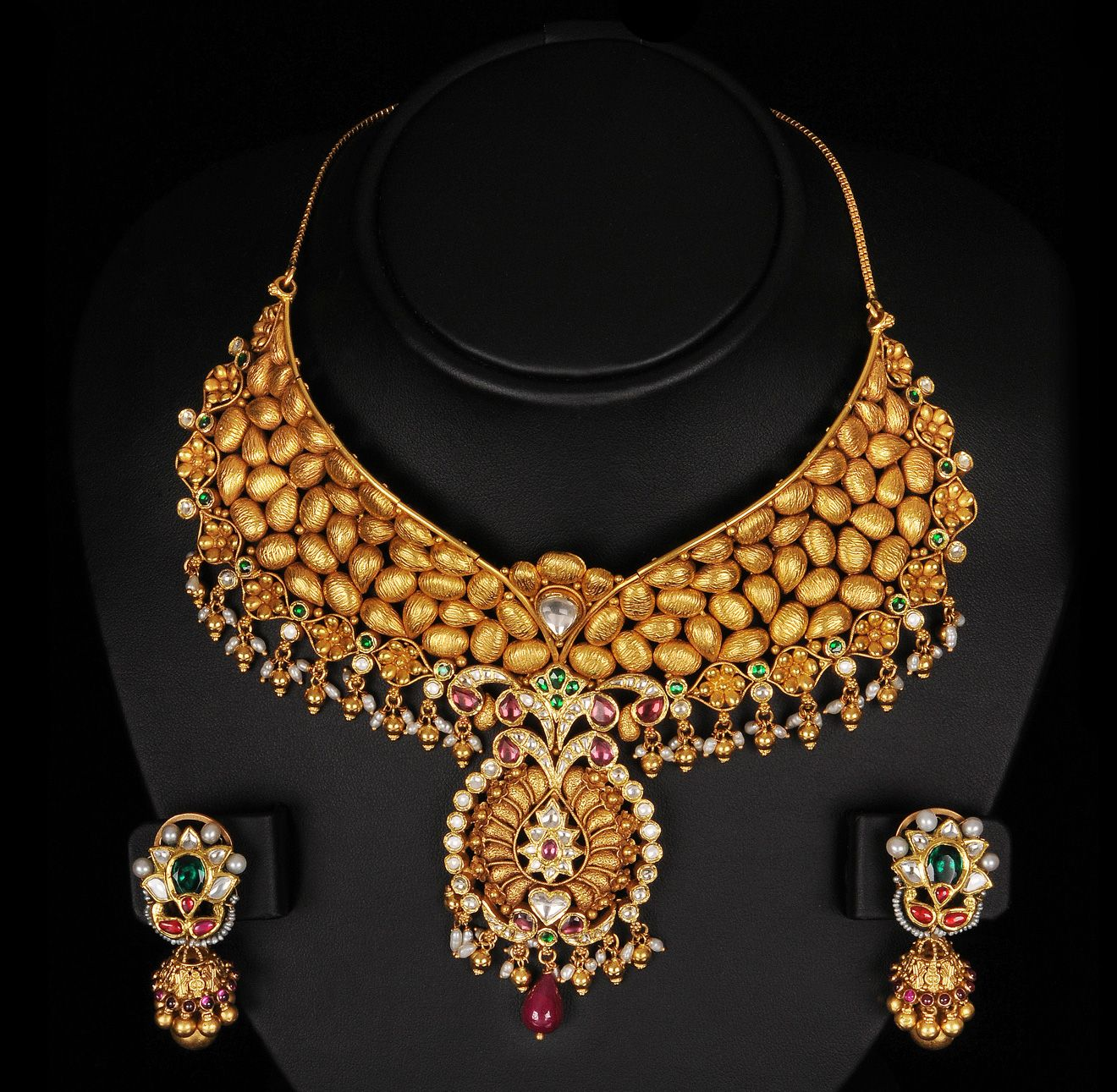 The Largest Collection Of Photographs Bridal Gold Jewellery Designs Find Kundan Meenakari And Temple