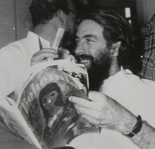 Comandante Camilo Cienfuegos getting a new hair cut Camilo