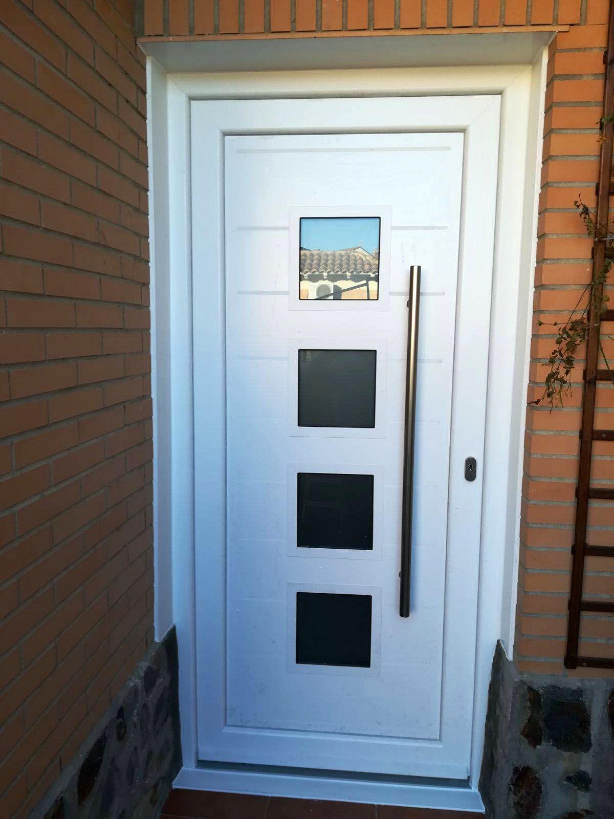 Avant Garona Tipo Lido Ranurado En Aluminio Lacado En Blanco Toledo Puertas De Aluminio Modernas Puertas De Entrada Aluminio Puertas De Aluminio Exterior