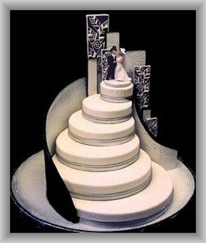 wedding cake steps black and white wedding cake with and groom atop a 8772