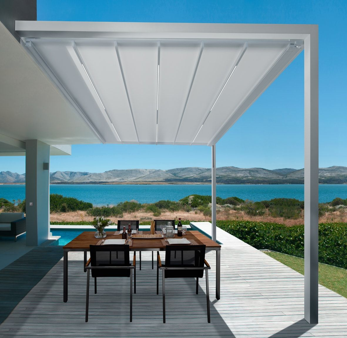 terrassenfaltdach leiner pergola sunrain q das terrassendach pergola sunrain q des herstellers. Black Bedroom Furniture Sets. Home Design Ideas