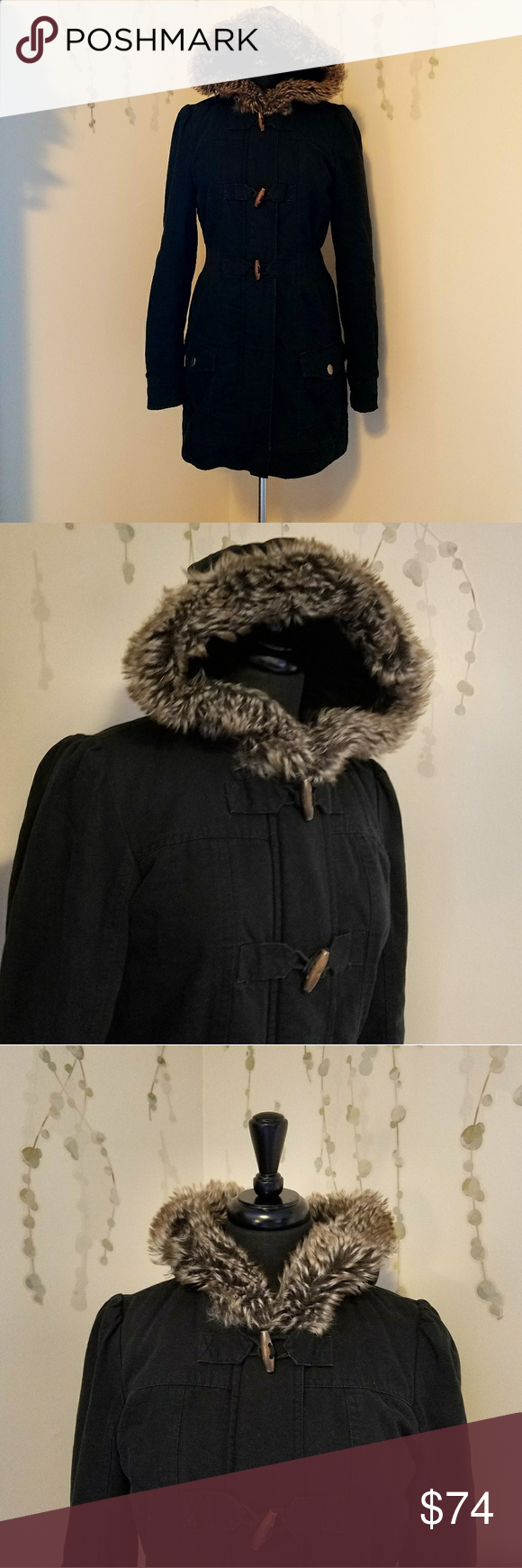 ROXY Knee-Length Winter Coat L STYLE: K474798 Hood trimmed with faux fur.  Zips closed, snaps closed, and toggles closed.  Wear it a variety of ways!  Has pockets that button closed. Preowned with no flaws.   Size L Roxy Jackets & Coats Utility Jackets