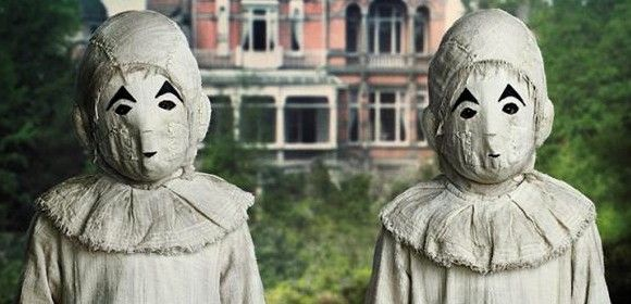 Masked Twins From Miss Peregrine S Home For Peculiar Children Peculiar Children Miss Peregrine S Peculiar Children Miss Peregrine