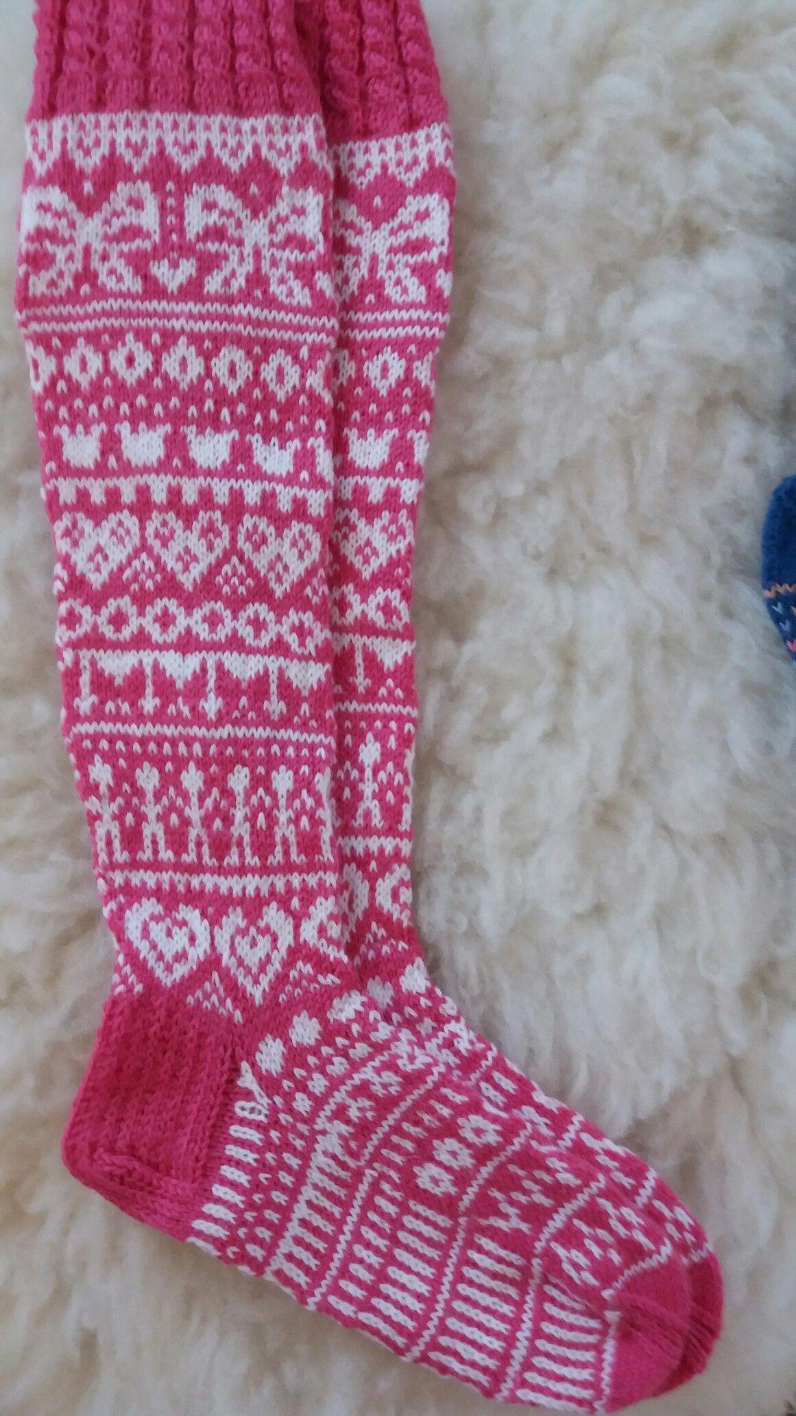 joulukalenteri sukka 2018 Nämä ystävänpäivä sukat vähän muutin mallia 9.02.2018 | sokker  joulukalenteri sukka 2018
