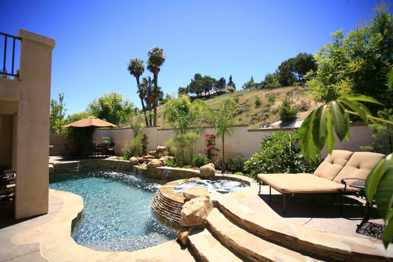 small backyard swimming pool landscape design pinterest