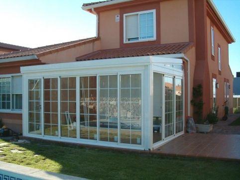 Techo m vil con policarbonato casas pinterest for Jardines de invierno cerramientos