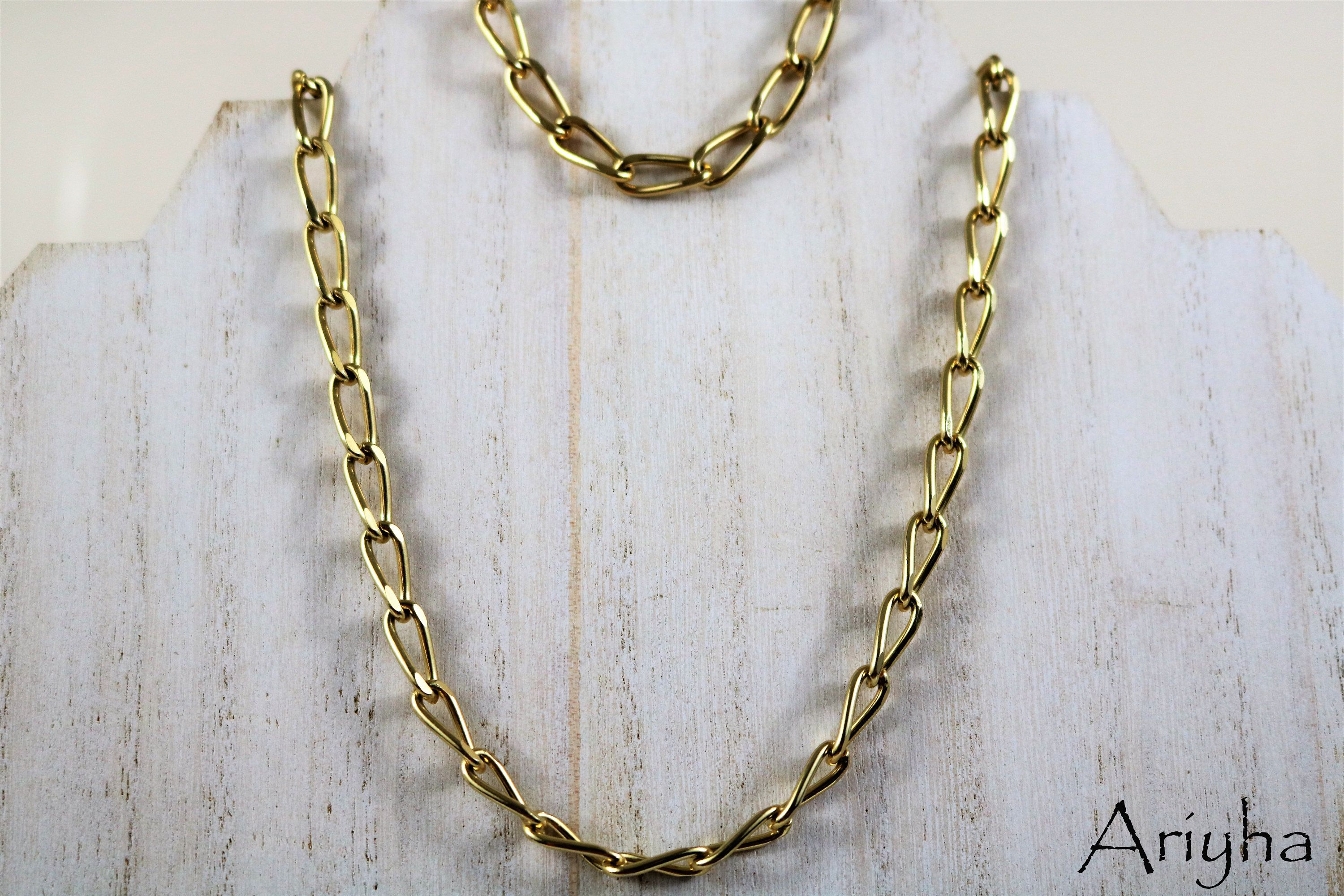 Vintage yellow gold tone link cable chain necklace and bracelet set