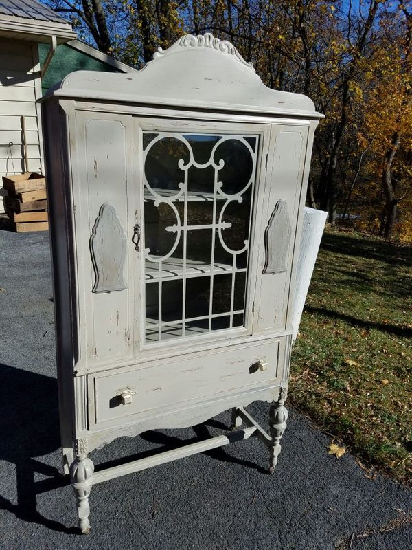 1940s vintage cabinet for Sale in Hummelstown, PA (With ...