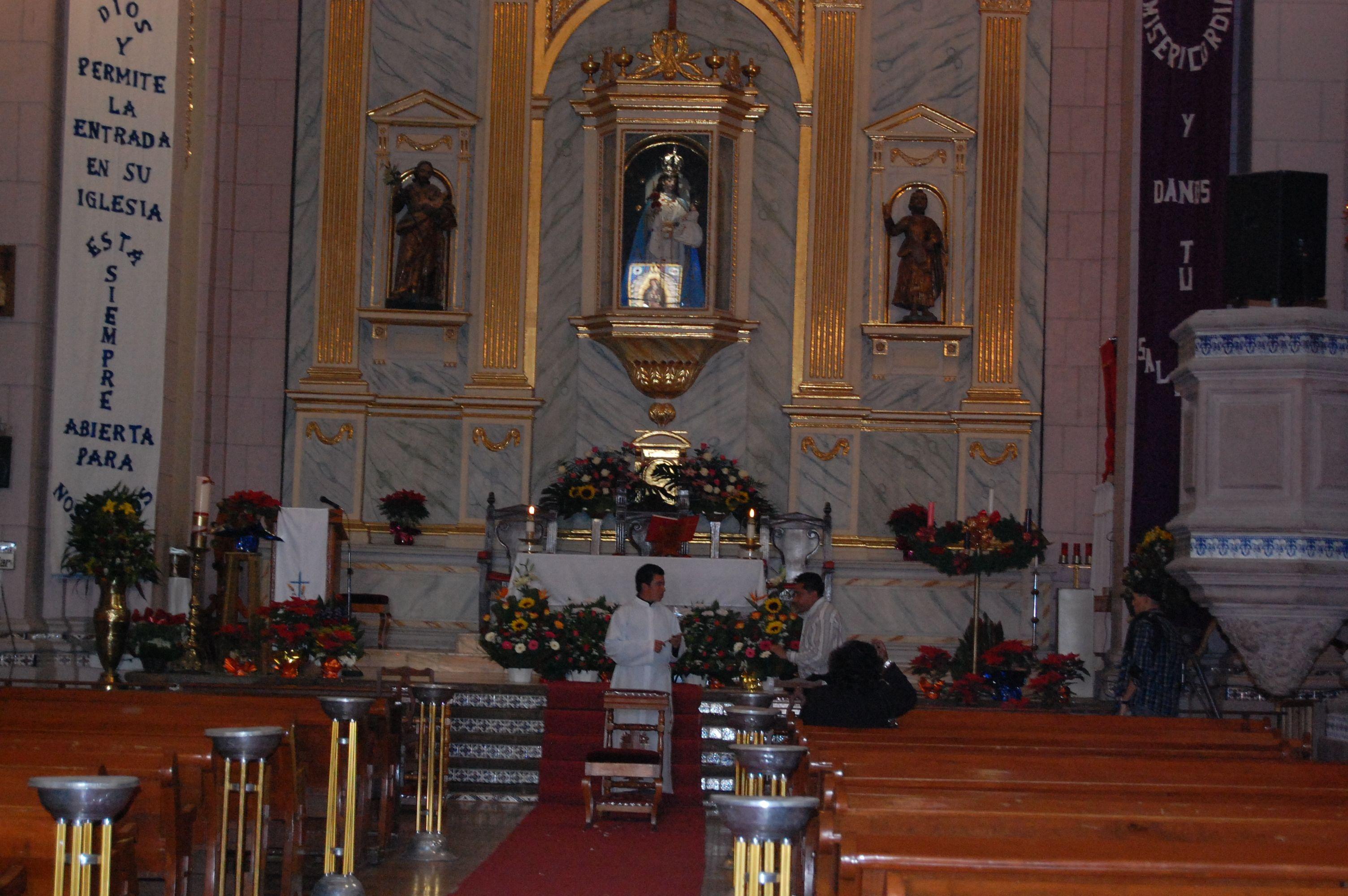 Dentro De La Iglesia De Santa Maria Ozumbilla Tecamac Edo De  # Muebles Luz Tecamac
