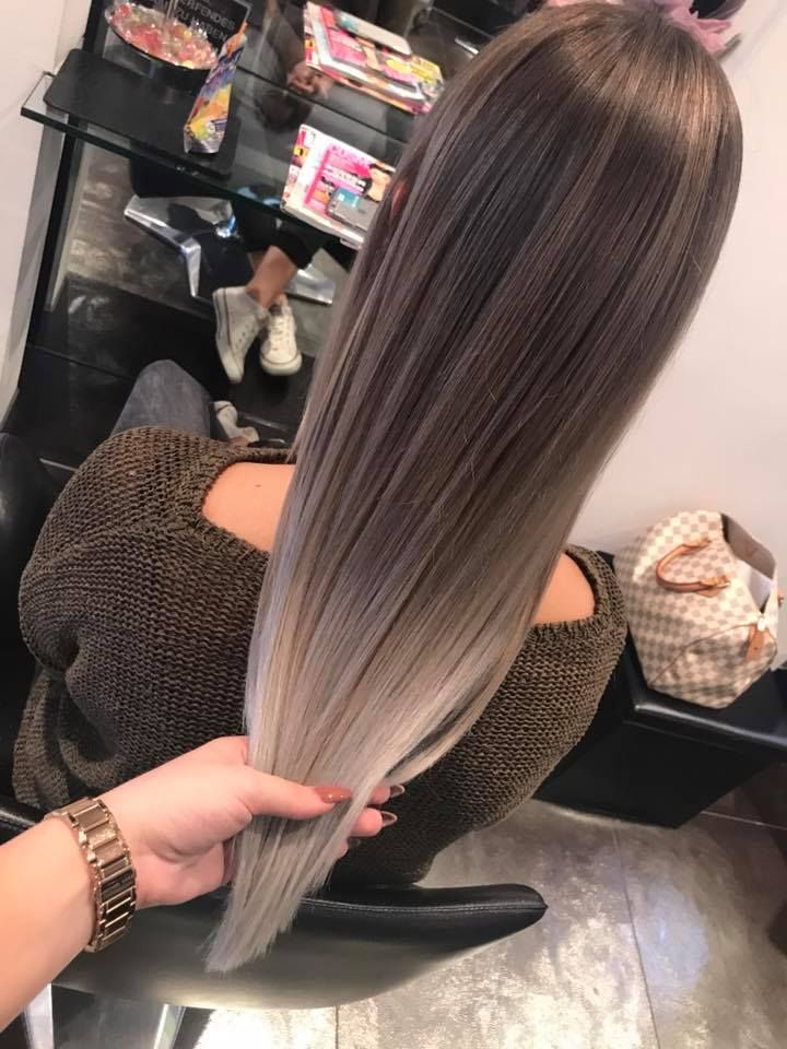 Balayage Silver Granny Hair Olaplex Straight Hair Peinados