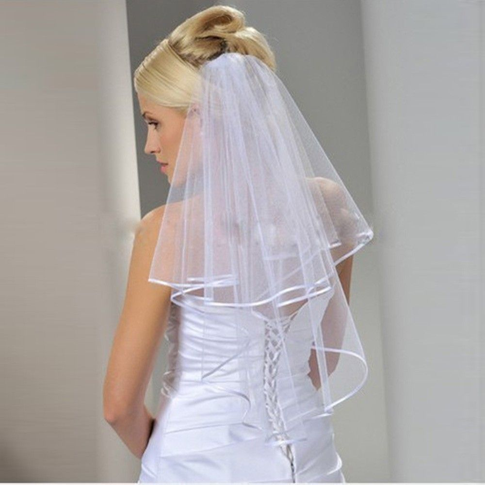 Click to buy ucuc free shipping wedding veil soft bridal short veils